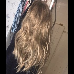 Beautiful thick blonde shades wig